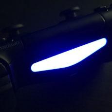 PS4コントローラーのライトバーの明るさを調節する