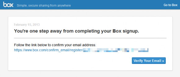 メールに記載のリンクからサインアップ