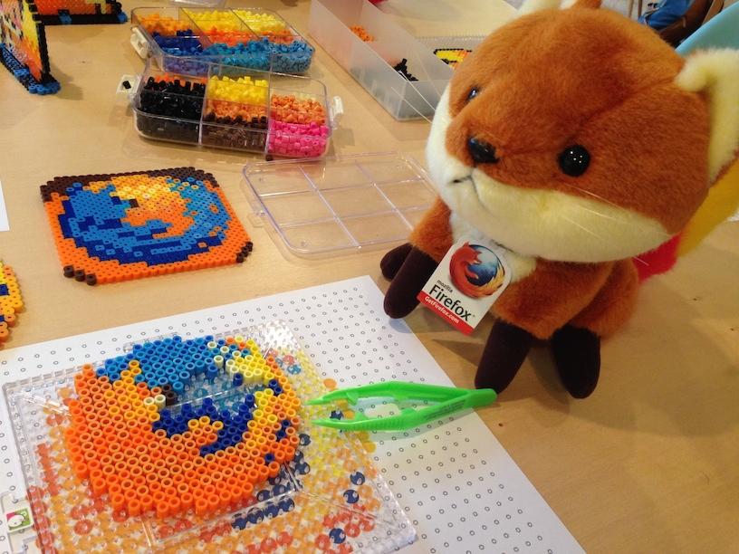 ドット絵魂に火をつけろ!アイロンビーズワークショップでFirefoxアイコンを作ってみた #BeadsFox