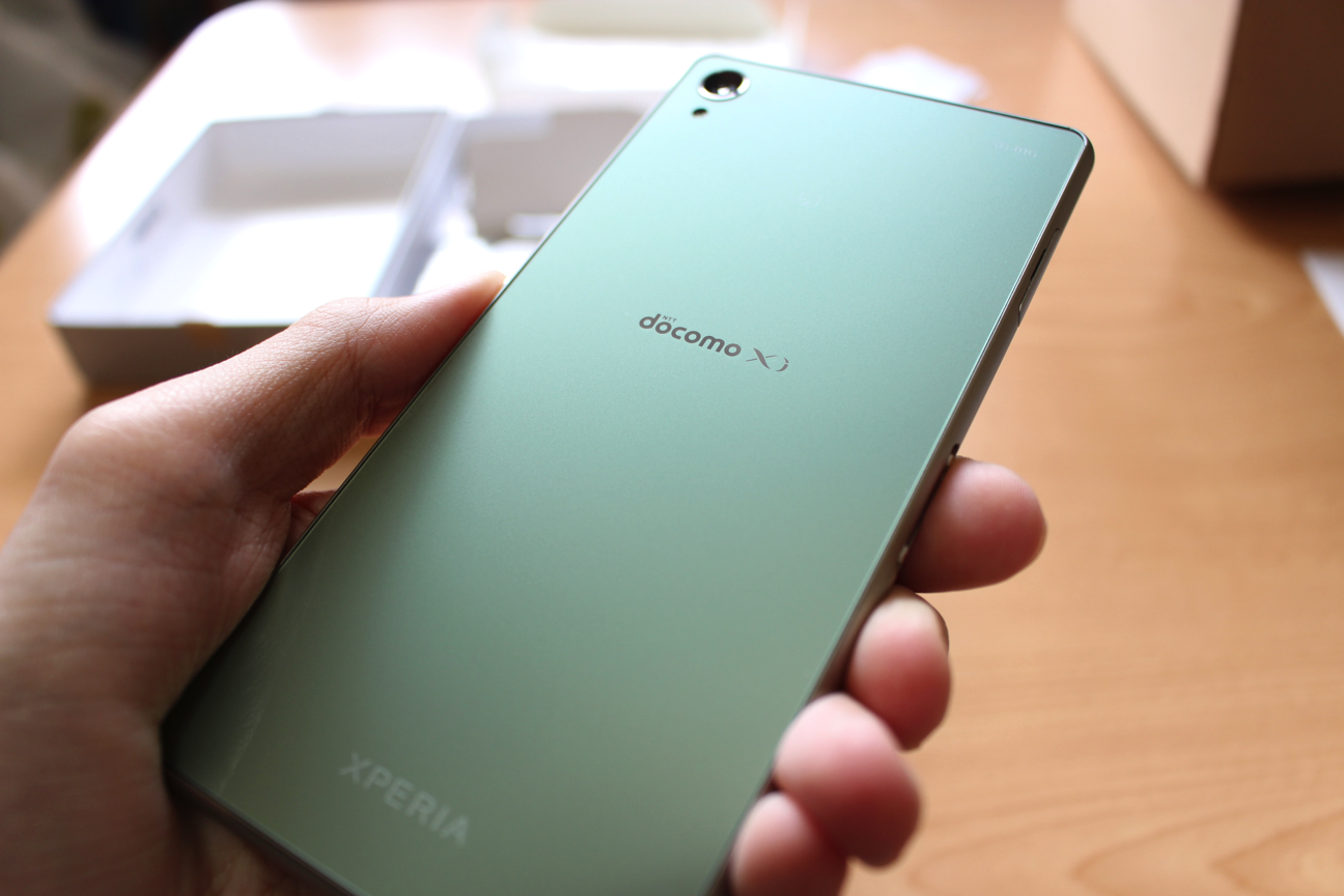 Xperia Z3 SO-01Gを買いました