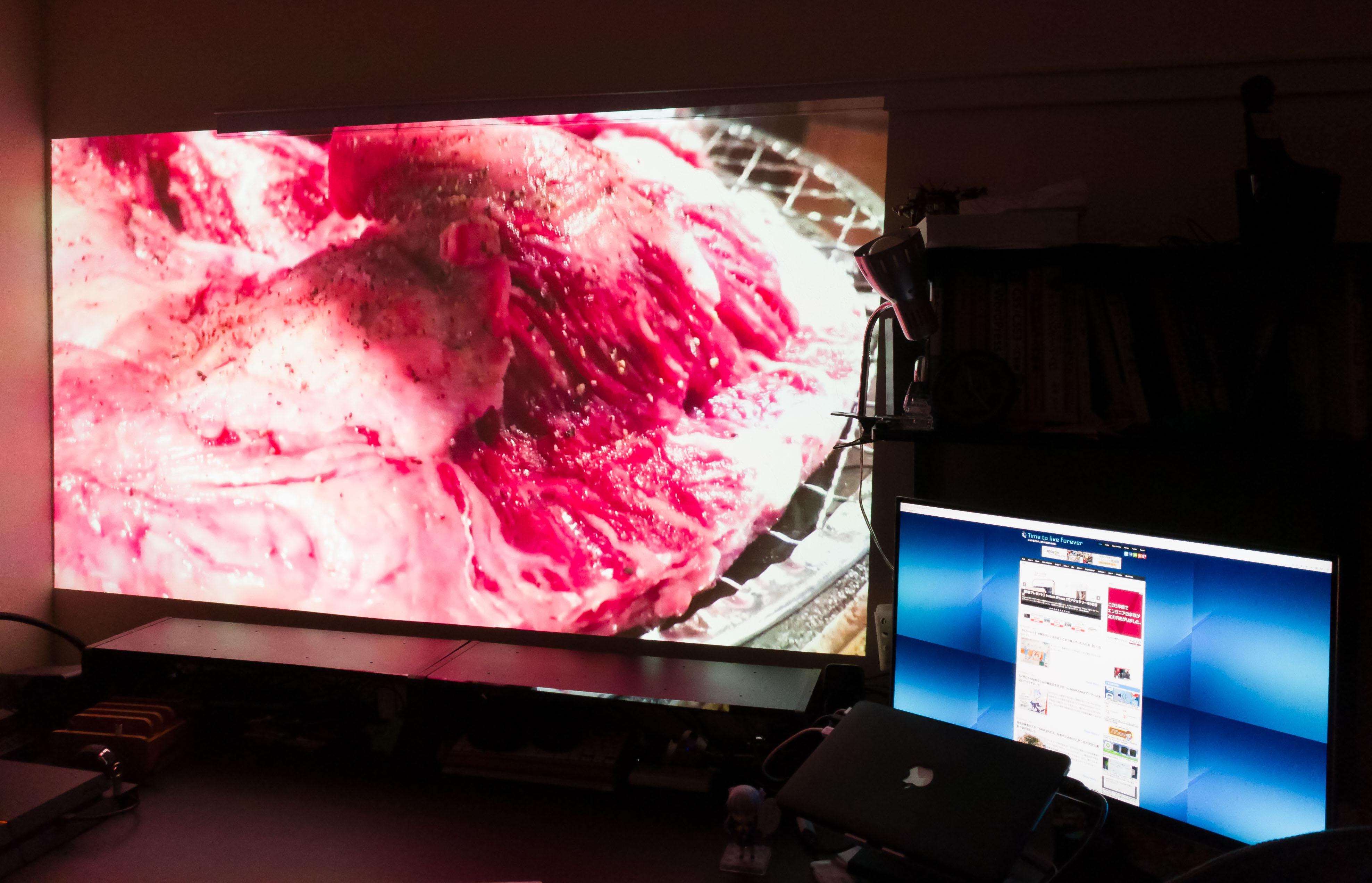 想像以上でした。1.5mで100インチ投影可能なプロジェクター『BenQ HT2150ST』の高画質っぷりに驚愕