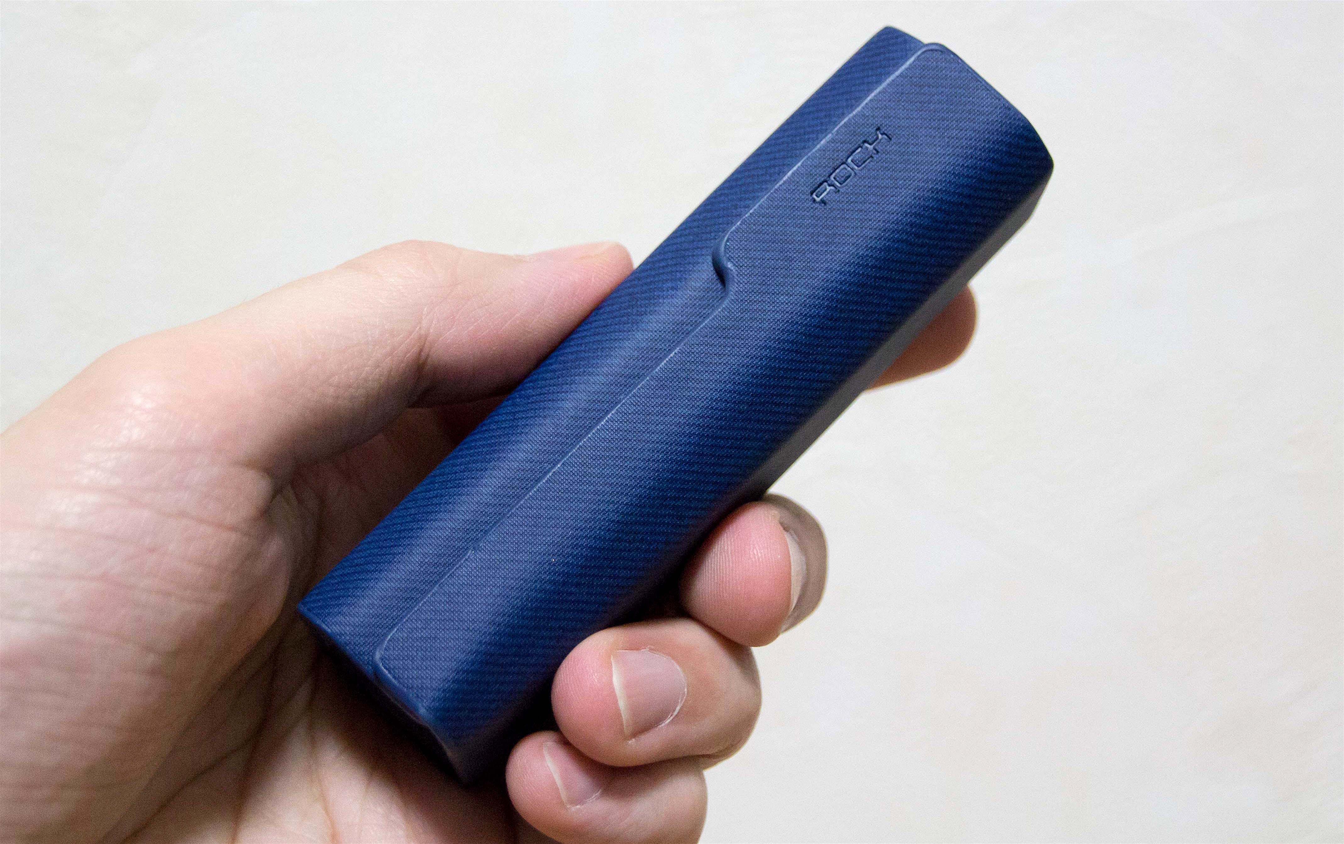 Lightning、Micro USB、USB Type-Cがこれ一本で。キーチェーン型 3 in 1 USBショートケーブルがマジ便利
