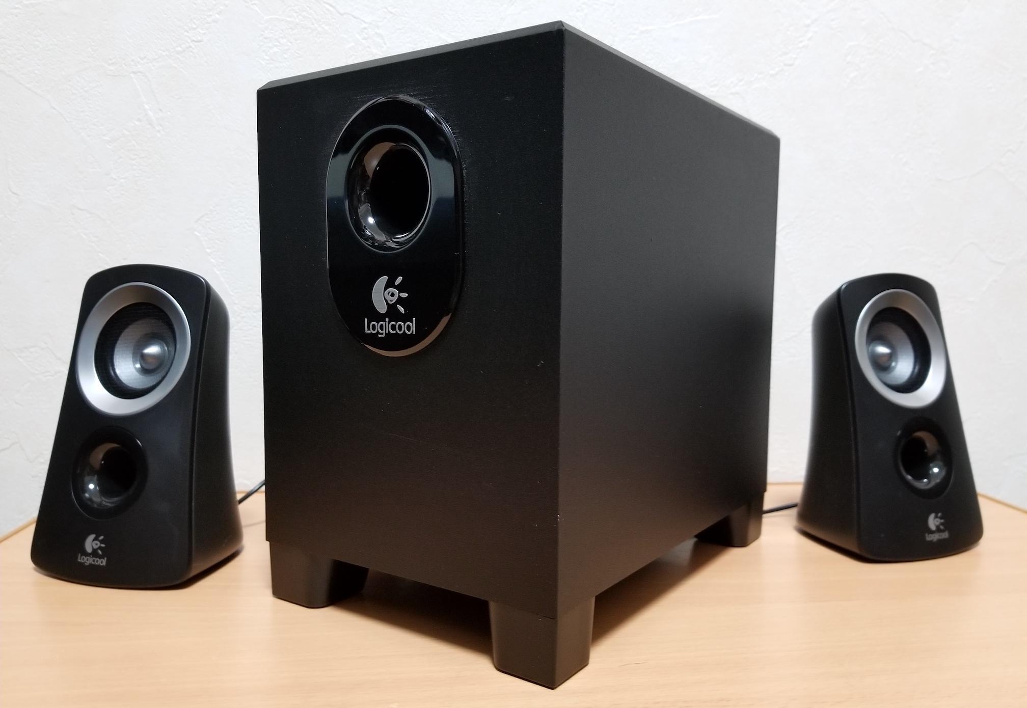 PCスピーカーをLOGICOOLの2.1chスピーカーシステム Z313に新調。高コスパで迫力のある重低音を楽しめるぞ