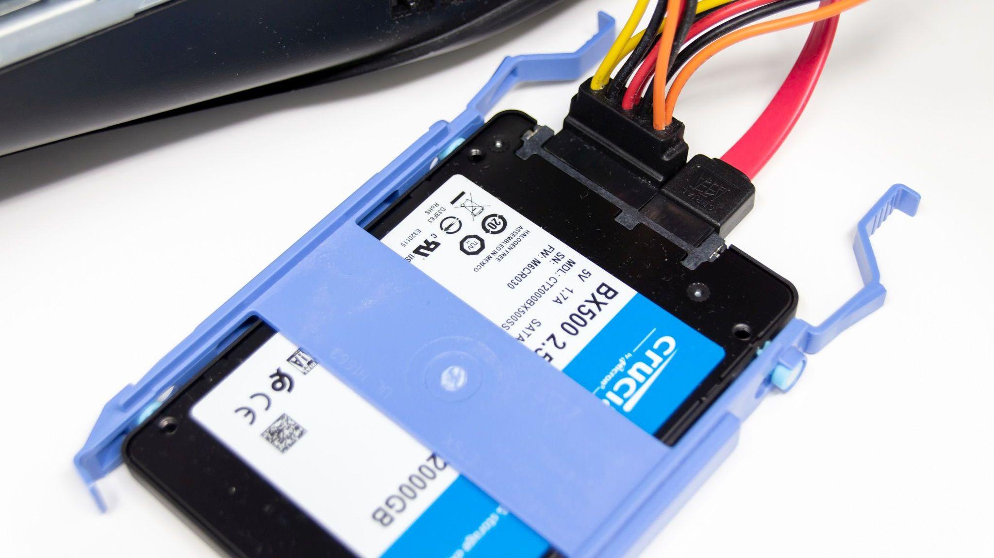 Alienware Aurora R7に2TBのSSDを増設した